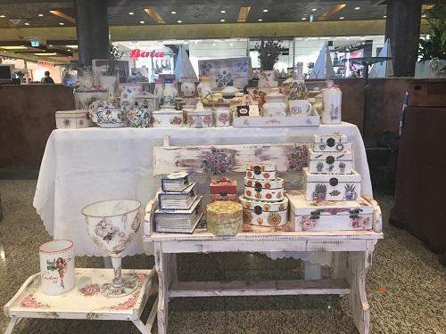 Stand targ cadouri handmade Timisoara Iulius Mall