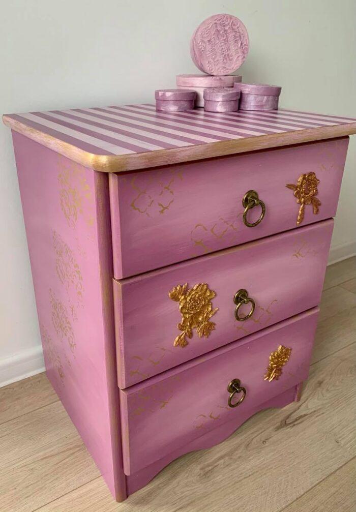 Cadou mobilier handmade